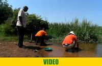 Classifying and gold panning in Uganda